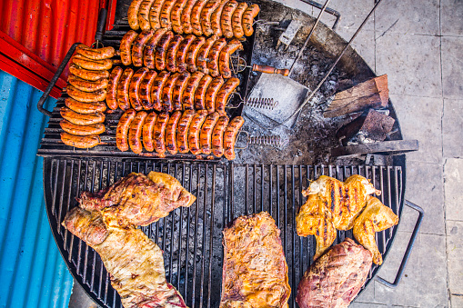 Buenos Aires「Argentinian Asado with assorted meats on a grill」:スマホ壁紙(10)