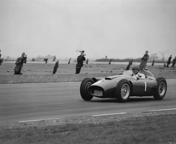 Racecar「Juan Manuel Fangio」:写真・画像(5)[壁紙.com]