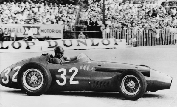 Motorsport「Fangio At Monte Carlo」:写真・画像(8)[壁紙.com]