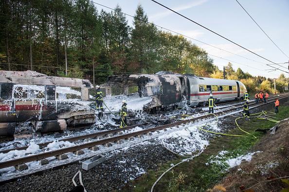 Transportation「Fire Breaks Out In ICE High-Speed Train」:写真・画像(1)[壁紙.com]