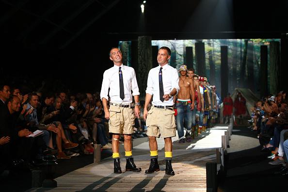 Gratitude「Dsquared2 - Milan Fashion Week Menswear S/S 2010」:写真・画像(18)[壁紙.com]