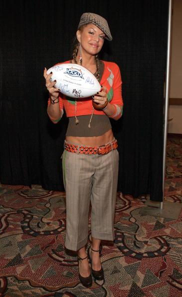 Diamond Pattern「Super Bowl XXXIX Pregame Show Press Conference」:写真・画像(13)[壁紙.com]
