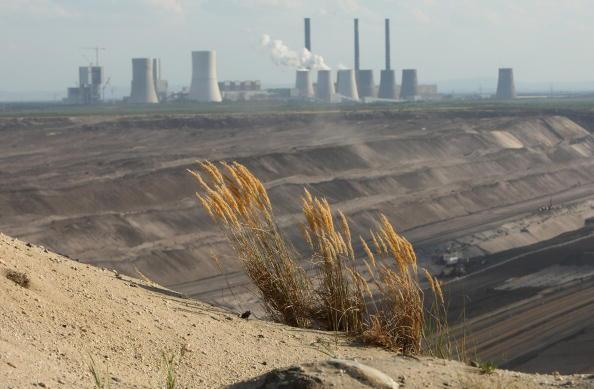 Plant「Boxberg Power Plant And Coal Mine」:写真・画像(7)[壁紙.com]
