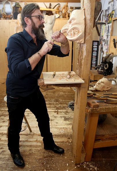 Tradition「Rising Popularity Of Krampus Tradition Keeps Artisans Busy」:写真・画像(13)[壁紙.com]