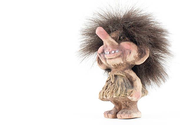 Norwegian Troll Figure:スマホ壁紙(壁紙.com)