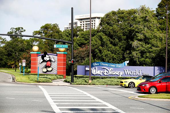 Magic Kingdom「Disney Reopens Its Magic Kingdom and Animal Kingdom Parks」:写真・画像(5)[壁紙.com]