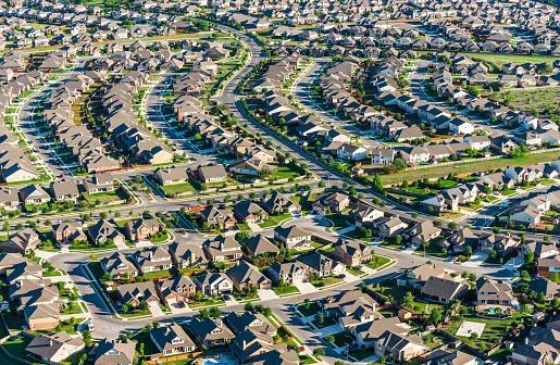 Gulf Coast States「San AntonioTexas suburban housing development neighborhood - aerial view」:スマホ壁紙(7)