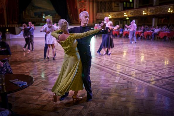 Bestof「Dancing Resumes At Blackpool Tower Ballroom」:写真・画像(6)[壁紙.com]