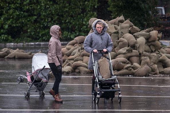 Risk「Flood Warnings Continue As More Rain Is Forecast Across England」:写真・画像(14)[壁紙.com]