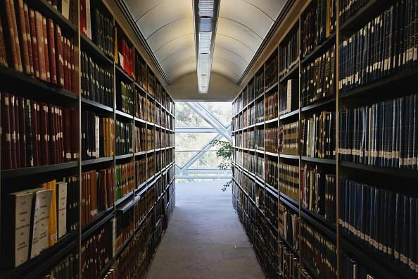 Shelf「Library at Law faculty, Cambridge University」:写真・画像(19)[壁紙.com]