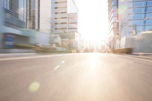 Long Exposure「Road in city with sunlight」:スマホ壁紙(2)