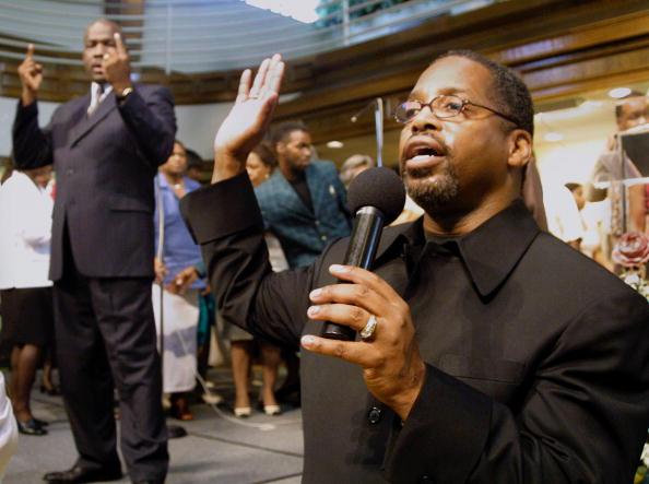 Baptist「Pastor Offers To Pay White Congregants」:写真・画像(17)[壁紙.com]