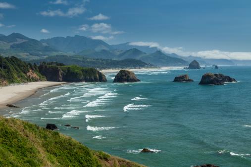 Cannon Beach「Oregon Coast, rock formations in the Pacific Ocean」:スマホ壁紙(19)