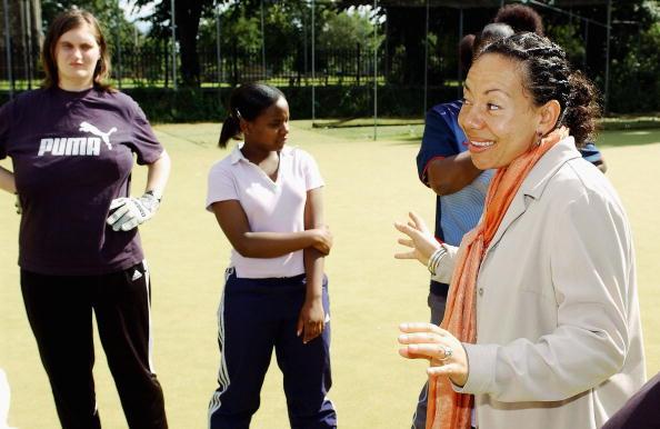 Women's Soccer「Oona King & Hope Powell Photocall」:写真・画像(9)[壁紙.com]