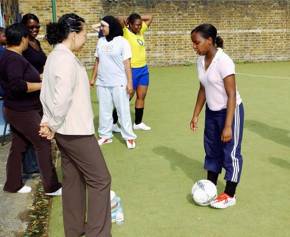 Women's Soccer「Oona King & Hope Powell Photocall」:写真・画像(11)[壁紙.com]