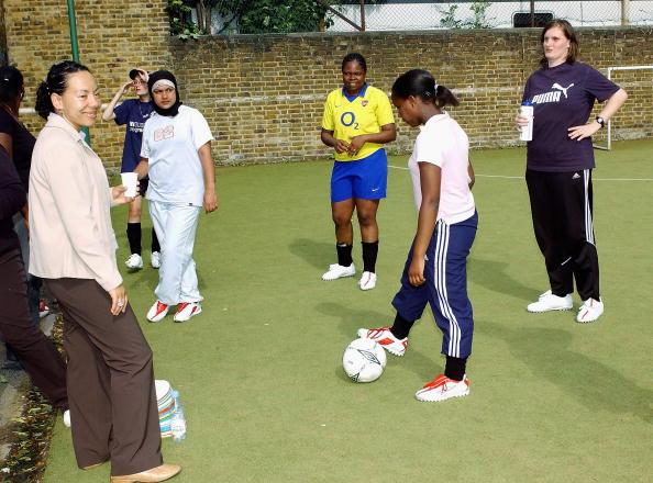 Women's Soccer「Oona King & Hope Powell Photocall」:写真・画像(8)[壁紙.com]