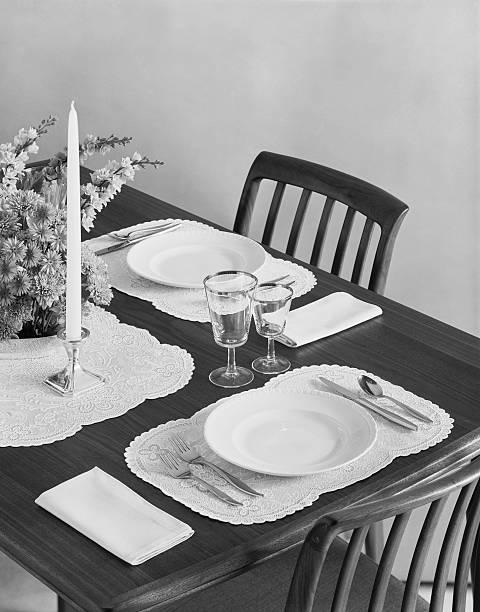 Dining table:スマホ壁紙(壁紙.com)