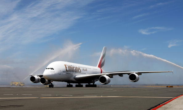 Passenger Cabin「Inaugural Emirates A380 Flight Lands At Auckland Airport」:写真・画像(7)[壁紙.com]