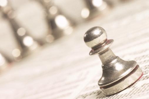 Battle「Chess pieces on stock report」:スマホ壁紙(0)