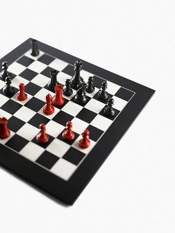 上方「Chess pieces」:スマホ壁紙(5)