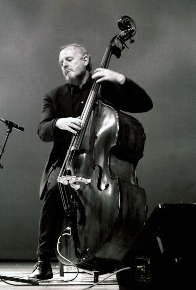 楽器「Niels-Henning Orsted Pedersen, Brecon Jazz Festival, Powys, Wales, 1999. Artist: Brian O'Connor」:写真・画像(12)[壁紙.com]