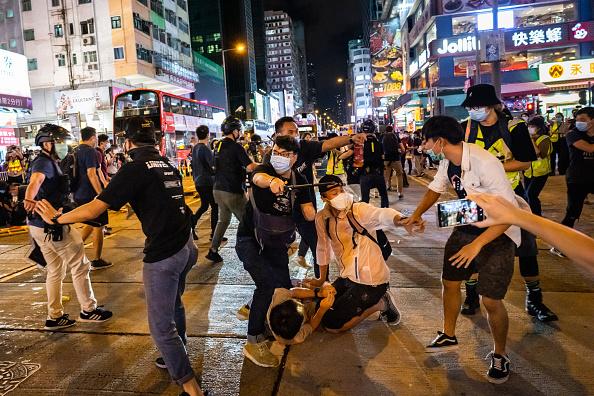 Mong Kok「Hong Kong Marks 31 Years Since The Tiananmen Massacre」:写真・画像(4)[壁紙.com]