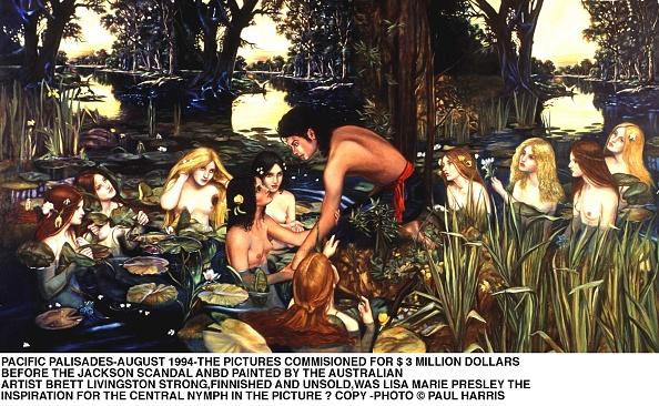 服装「Controversial Painting By Brett Livingston Strong That Shows Michael J」:写真・画像(7)[壁紙.com]