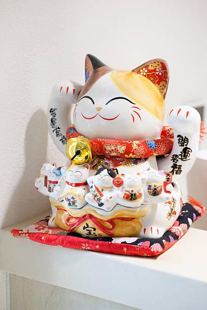 Lucky cat:スマホ壁紙(壁紙.com)