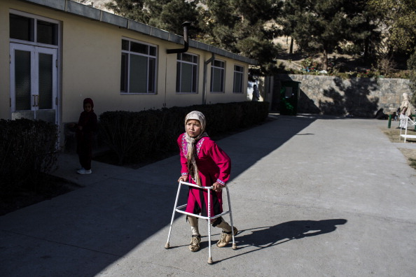 Kabul「Afghan War Amputees And Civilians Treated At ICRC Orthopedic Center」:写真・画像(14)[壁紙.com]