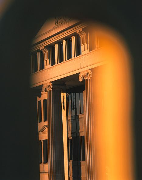 Tradition「Pillars in the City of London」:写真・画像(12)[壁紙.com]