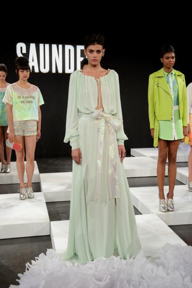 Alisar Ailabouni「Saunder - Presentation - Mercedes-Benz Fashion Week Spring 2015」:写真・画像(11)[壁紙.com]