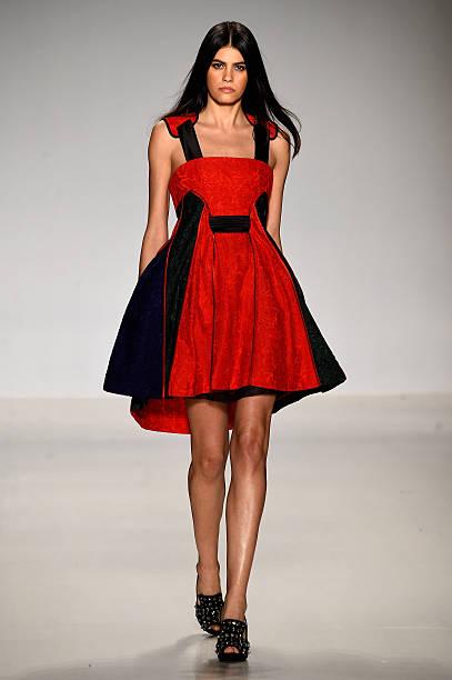 Asia Fashion Collection - Runway - Mercedes-Benz Fashion Week Fall 2015:ニュース(壁紙.com)