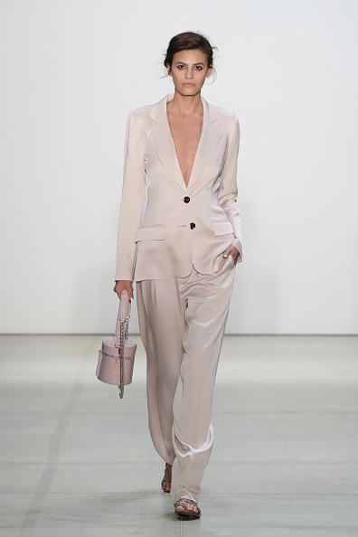 Alisar Ailabouni「Marissa Webb - Runway - September 2016 - New York Fashion Week: The Shows」:写真・画像(3)[壁紙.com]