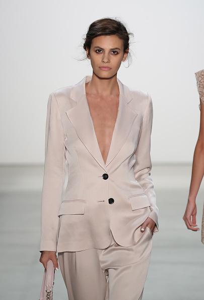 Alisar Ailabouni「Marissa Webb - Runway - September 2016 - New York Fashion Week: The Shows」:写真・画像(14)[壁紙.com]