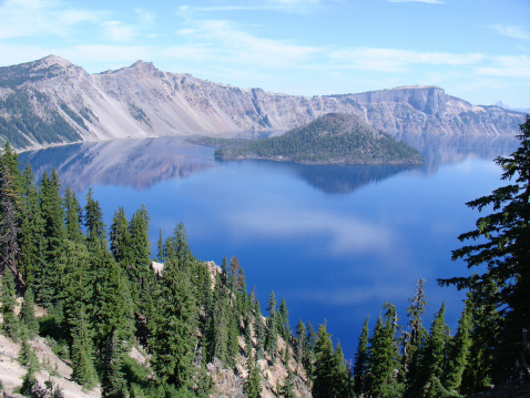 Basalt「Vista of Wizard Island in Crater Lake in Oregon」:スマホ壁紙(0)