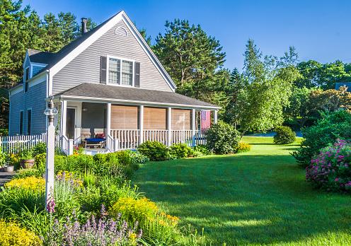 New England - USA「Summer Gardens at a Cape Cod Home」:スマホ壁紙(2)