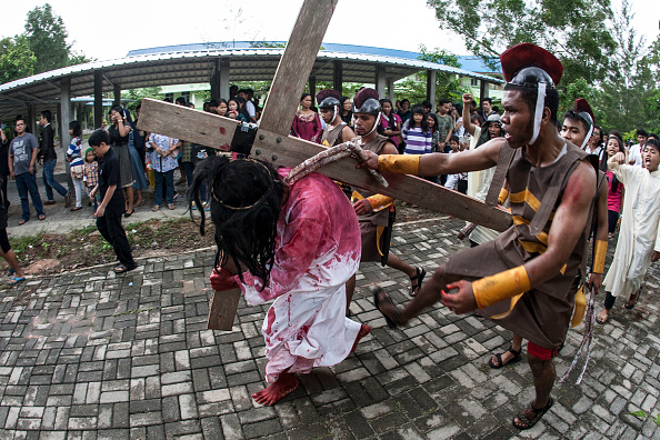 Stations Of The Cross「Indonesian Christians Celebrate Good Friday」:写真・画像(18)[壁紙.com]