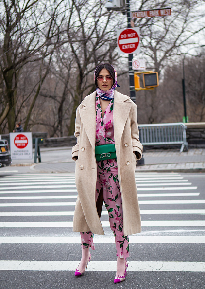 Floral Pattern「Street Style - New York Fashion Week February 2019 - Day 5」:写真・画像(1)[壁紙.com]