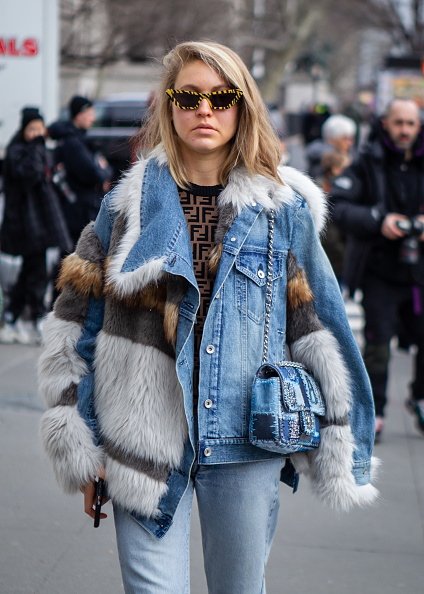 Blue「Street Style - New York Fashion Week February 2019 - Day 5」:写真・画像(0)[壁紙.com]