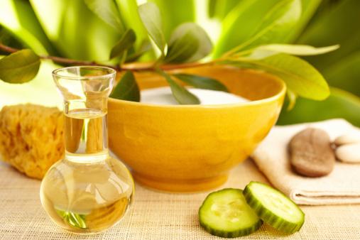 Massage Oil「Spa still life with organic mud mask and massage oil」:スマホ壁紙(14)