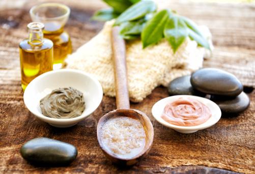 Health Spa「Spa still life with mud mask, salt scrubbing, massage oil」:スマホ壁紙(2)