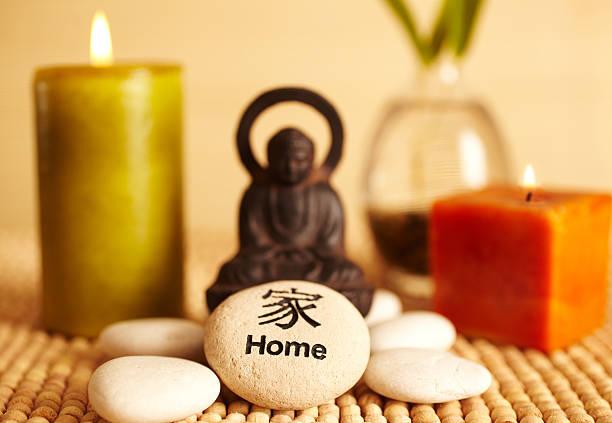 Spa still life buddha statue and candles, home pebble:スマホ壁紙(壁紙.com)