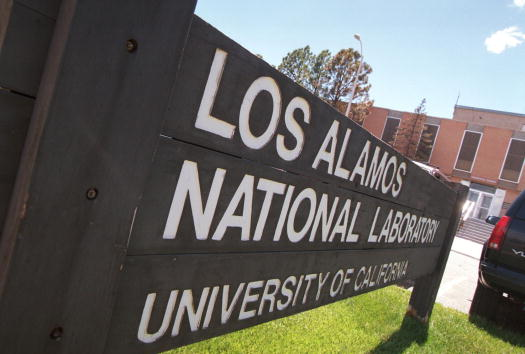 Los Alamos National Laboratory「Los Alamos Scientist Wen Ho Lee to Be Freed」:写真・画像(0)[壁紙.com]