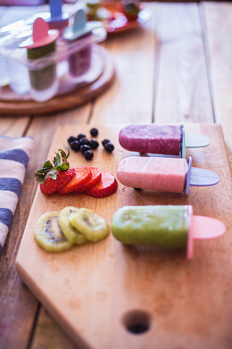 Kiwi「Home made fresh fruit ice cream」:スマホ壁紙(3)