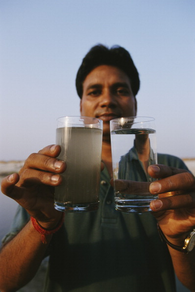 Drinking Glass「Polluted Ganges」:写真・画像(5)[壁紙.com]