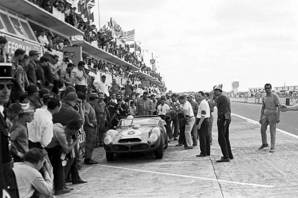 Light Micrograph「Phil Hill, 24 Hours Of Le Mans」:写真・画像(13)[壁紙.com]