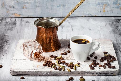 Cardamom「Cup of Arabian Coffee and ingredients」:スマホ壁紙(14)