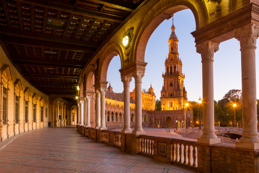 Town Square「Plaza de Espana, Seville, at dusk」:スマホ壁紙(12)