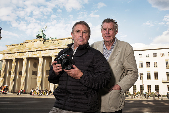 Tom Stoddart「Fall Of The Wall Revisited」:写真・画像(15)[壁紙.com]