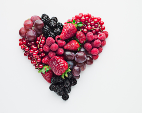 Valentine's Day - Holiday「Fruit forming heart-shape」:スマホ壁紙(1)